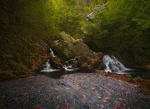 waterfall, New Salem, Massachusetts, autumn, cascade, long exposure, swirl, bear's den,