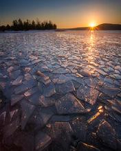 quabbin reservoir, massachusetts, sunrise, winter, ice