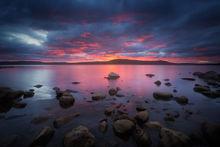 sunset, quabbin reservoir, rocks