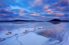 quabbin reservoir, massachusetts, sunrise,ice, winter, snow