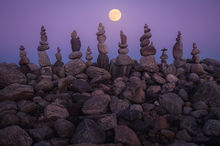 moon, super moon, quabbin reservoir, massachusetts, night, stones, cairnes, stacking, rocks, patrick zephyr