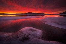 Quabbin Reservoir, Massachusetts, sunrise, fire, dawn, ice, winter, patrick zephyr