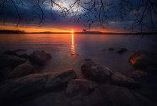 sunrise, dawn, quabbin reservoir, massachusetts, rocks, patrick zephyr
