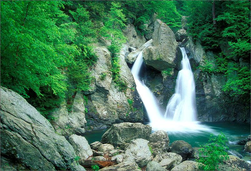 Bash bish falls, berkshires, Massachusetts, waterfall,