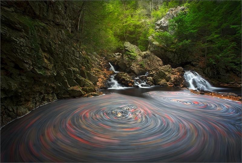 Bear's den, new Salem, Massachusetts, waterfall, photo
