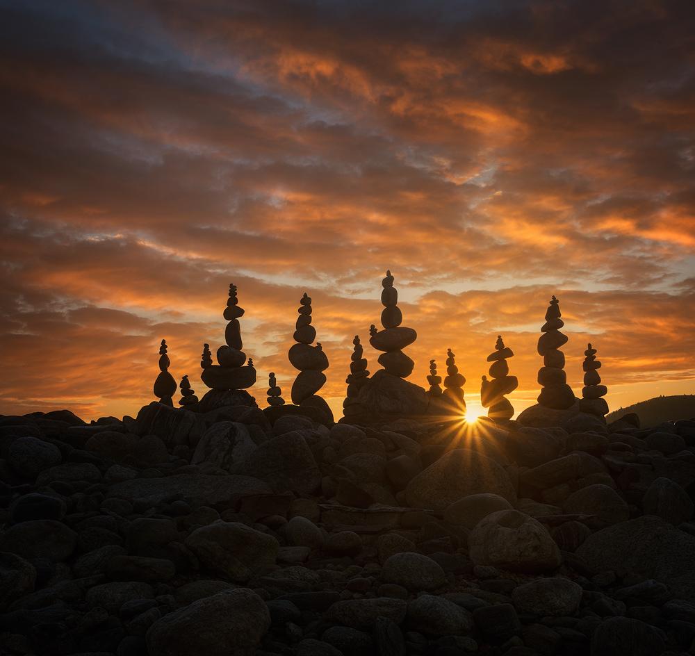 stone stacking, cairns, rocks, stacking, dawn, sunrise, Patrick Zephyr, New Salem, MA. Quabbin Reservoir
