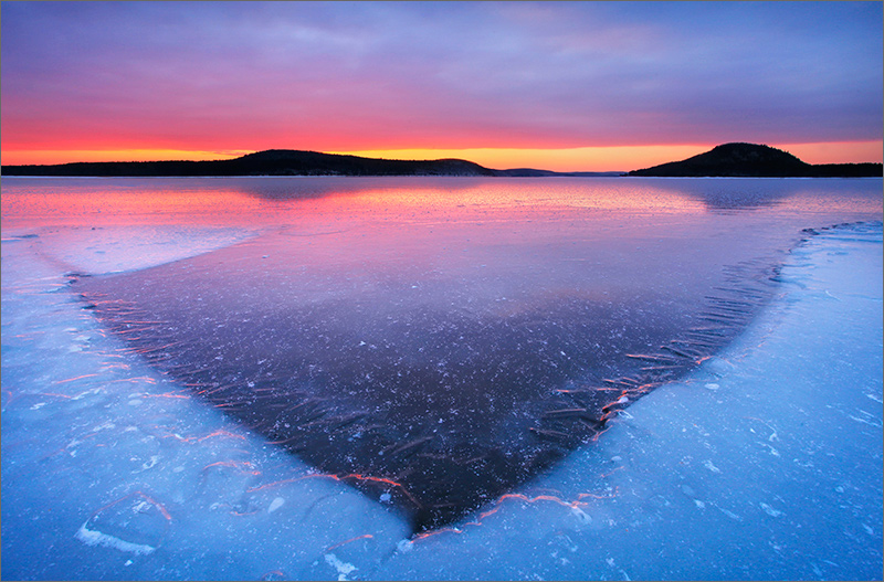 quabbin reservoir, massachusetts, sunrise, ice, winter, moon, snow, photo