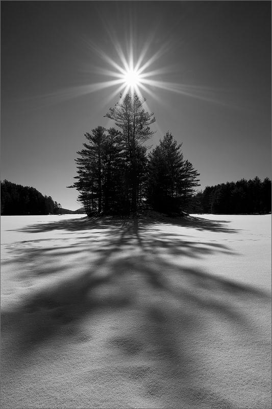 Island, shadow, winter, snow, quabbin reservoir, Massachusetts, sun star,