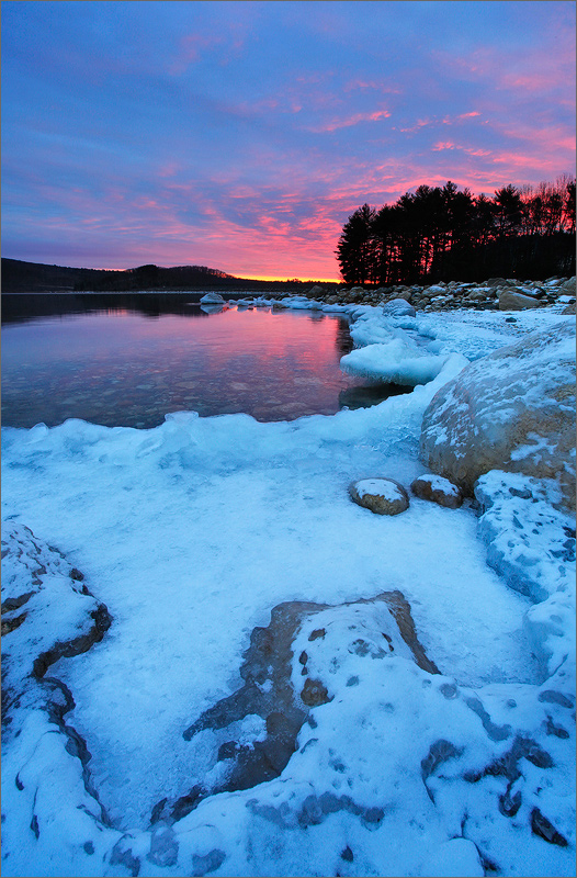 Quabbin reservoir, winter, ice, sunrise, photo